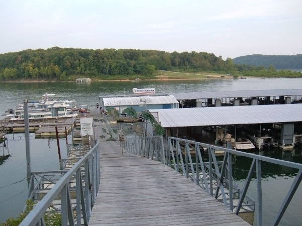 K Dock Marina on Bull Shoals Lake